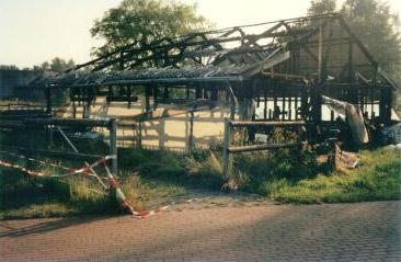Asbestsanierung und Abbruch nach Brandschaden